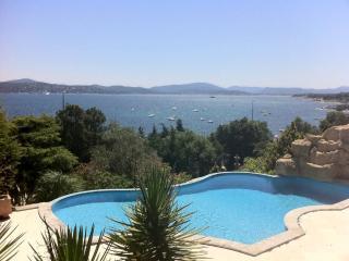 VILLA DE PRESTIGE EN FRONT DE MER - Var vacation rentals