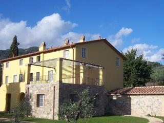 New Luxury Apartment in Tuscany, Near Lucca - Capannori vacation rentals