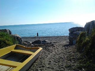 appartamento per vacanze a mare - Paola vacation rentals