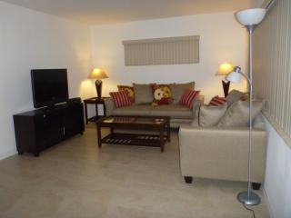 Beautiful Apartment - Close to the Beach - North Miami Beach vacation rentals