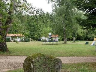 Nice Gite with Short Breaks Allowed and Shared Outdoor Pool - Varaignes vacation rentals