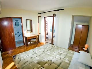 Guesthouse Moretic - Double Room with Balcony and Sea View 2 - Orasac vacation rentals