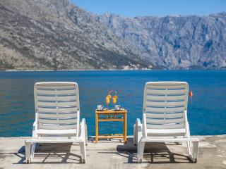Apartments Daria - One-bedroom apartment with Balcony and Sea View 1 - Perast vacation rentals