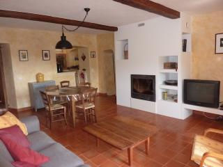 Cozy 3 bedroom Cagnano Gite with Internet Access - Cagnano vacation rentals