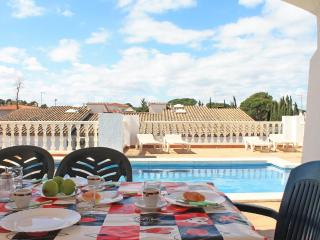 Holiday house with private pool near the sea - L'Escala vacation rentals
