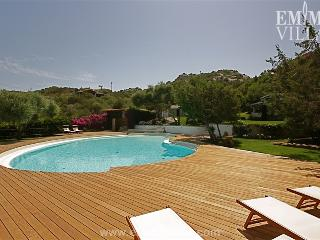 Villa Bianca 10+2 - Cannigione vacation rentals