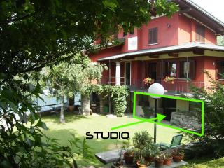 Charming Studio with Internet Access and Towels Provided - Omegna vacation rentals