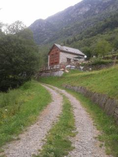 Cozy 2 bedroom B&B in Baceno with Internet Access - Baceno vacation rentals