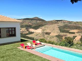 Luxury Holiday Villa with Private Pool, Games Room - Sabrosa vacation rentals