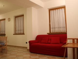 1 bedroom Apartment with Internet Access in Sant'Antonio di Mavignola - Sant'Antonio di Mavignola vacation rentals
