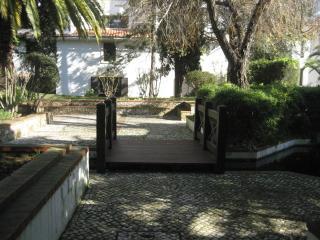 Lake's Studio- Estoril- with pool,tenis & wifi - Estoril vacation rentals