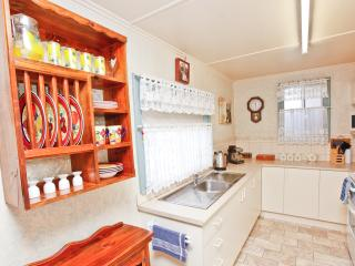 Nice 3 bedroom Broken Hill Cottage with Internet Access - Broken Hill vacation rentals