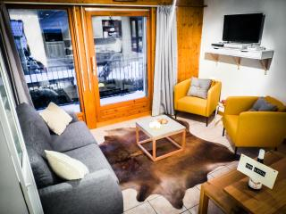 Astor Chamonix. Boutique 2BD Cham centre. WiFi.Pkg - Chamonix vacation rentals