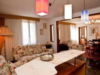 San Severo Apartment - Great Canal view - Venice vacation rentals