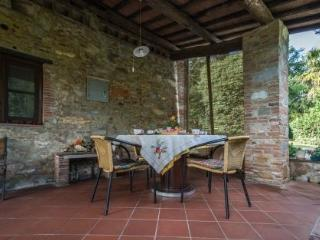 Beautiful 3 bedroom Farmhouse Barn in San Leonardo in Treponzio - San Leonardo in Treponzio vacation rentals