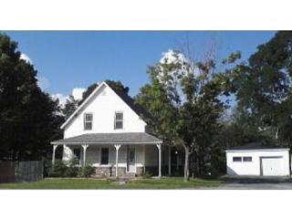 4 Bedroom house sleeps 11 .Great location . - Bethlehem vacation rentals