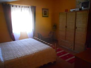 Bright 1 bedroom Guest house in Mondragone with Internet Access - Mondragone vacation rentals