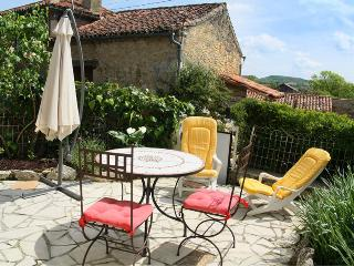 Nice Gite with Internet Access and Satellite Or Cable TV - Castéra-Verduzan vacation rentals