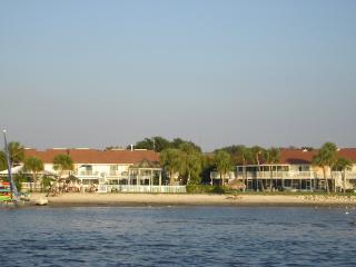 Bermuda Bay Beach and Racquet Club - Saint Petersburg vacation rentals