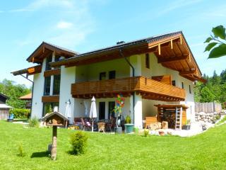 """Altes-Tradenlehen  FeWo """"Steinbock"""" - Schoenau am Koenigssee vacation rentals"""