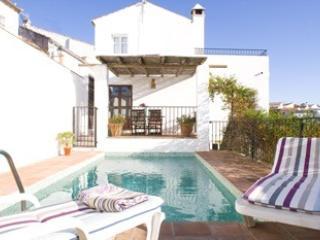 """ casa buena vista"" B&B  pool, Breakfast included - Arriate vacation rentals"