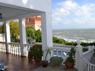 Oceanfront Chalet on the Costa de la Luz, Spain - El Puerto de Santa Maria vacation rentals