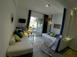 Lovely apartment with garden,N.Marmaras (sleeps 5) - Neos Marmaras vacation rentals