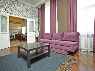 Premium 1-br apartment, Nevsky Prospekt 73-75 - Saint Petersburg vacation rentals