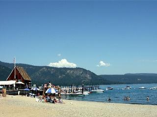 Chamberlands Beach Hidaway - Homewood vacation rentals