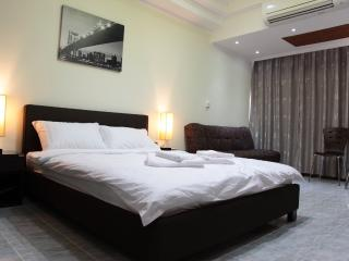 Deluxe studio without balcony near sea - Pattaya vacation rentals