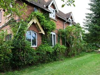 Beautiful Bed and Breakfast with Internet Access and Television - Droitwich vacation rentals
