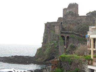 ComeinSicily - Fishermann House - Aci Castello vacation rentals