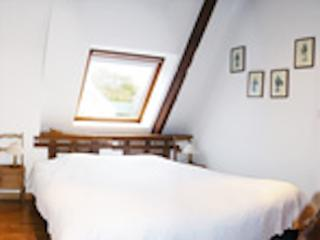 "Chambre ""Tristan et Yseult"" - Ploemel vacation rentals"
