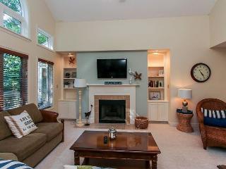 7627 Huntington-Quick150 yards walk to the beach. - Hilton Head vacation rentals
