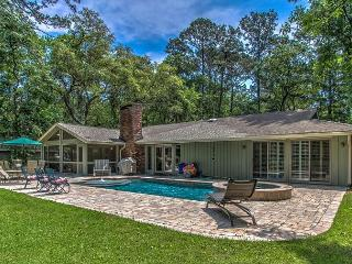 52 Gloucester - Zero Entry Pool w/ Spa all at a private home. - Hilton Head vacation rentals