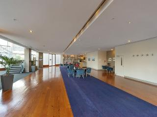 Serviced Apartment Spencer on Byron in Takapuna on North Shore, Auckland near the Beach - Greytown vacation rentals