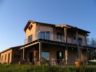 Charming 3 bedroom Bed and Breakfast in Plazac - Plazac vacation rentals