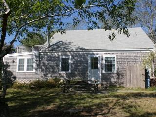 Nice 4 bedroom Eastham Cottage with Deck - Eastham vacation rentals