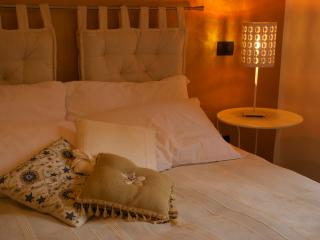 Cozy 3 bedroom Rapolano Terme Bed and Breakfast with Internet Access - Rapolano Terme vacation rentals