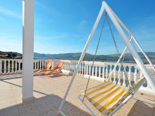 TROGIR, MASTRINKA apt. Rainbow - Trogir vacation rentals
