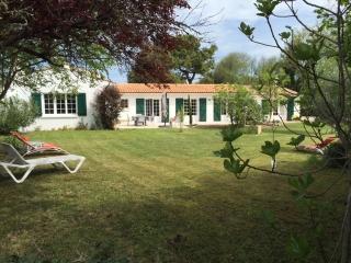 Grande maison pour 2 familles - Ile d'Oleron vacation rentals