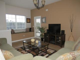 Oakwater the nearest resort from Disney ! - Kissimmee vacation rentals