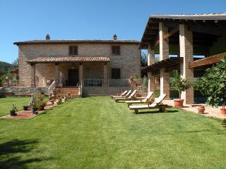 PANORAMIC VILLA - Amandola vacation rentals