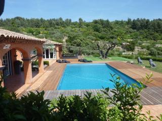 Grande villa cossue, vue mer superbe - Sollies-Ville vacation rentals