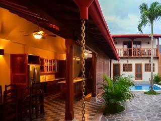 Perfect 4 bedroom House in Granada with Internet Access - Granada vacation rentals