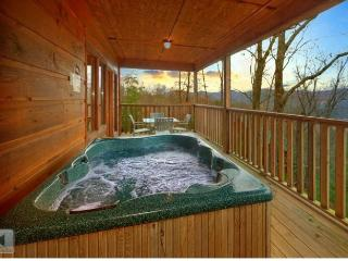 Perfect Cabin with Internet Access and Mountain Views - Sevierville vacation rentals