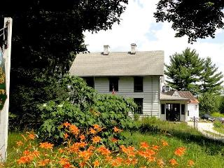 Nice Farmhouse Barn with Internet Access and Garden - Stockbridge vacation rentals