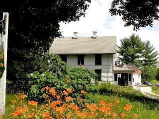 Nice 3 bedroom Farmhouse Barn in Stockbridge - Stockbridge vacation rentals