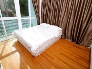 2)Brand New Charming 3 bdrm Nr City - Singapore vacation rentals