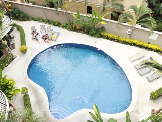 Luxury 3 bedrooms Condo - Walk everywhere - Jaco vacation rentals